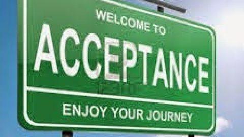 स्वीकार्यता को जीवन में व्यापक रूप में अपनाएं . . .