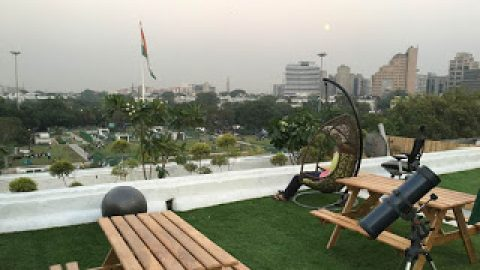 WOW : Delhi SHG 1st Indoor Summer Meeting at INNOV8 coworking.